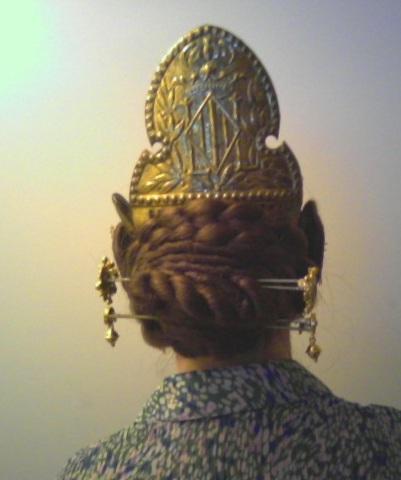doyoudesigntoo wordpress com Fallera Hair for Saint Patricks Day