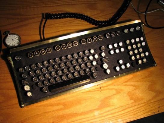 steampunkworkshop com Old Timey Computer Keyboard
