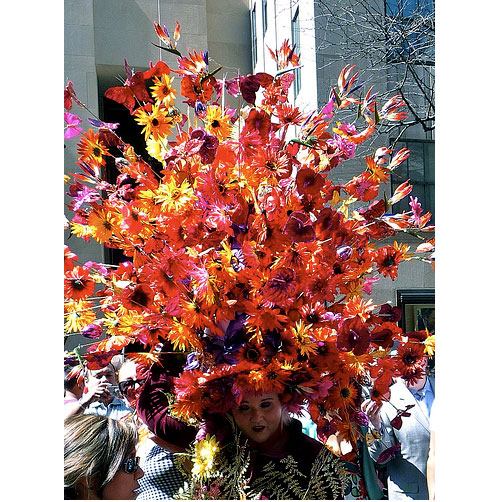 flairfordesign com hat bouquet_bonnet_easter_parade_nyc_2010