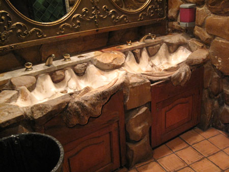 Madonna Inn California restaurant giant clam shell sinks alleewillis com