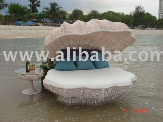 Rattan_Wicker_Shell_Bed_sun_bed