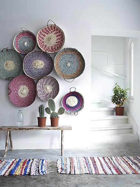 blog. hgtv. com 2001 05 09 design trend woven baskets as wall decor pic from vtwonen