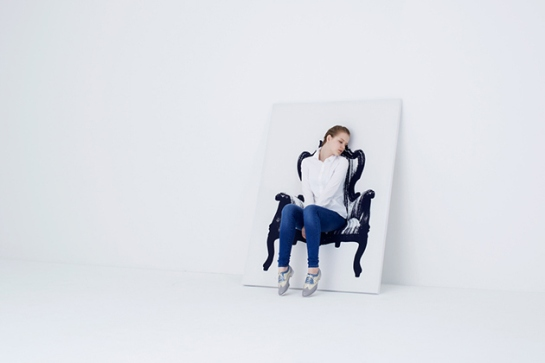 urbantaster com japanese firm YOY canvas stretchy chair painting with chair behind you can sit on 3