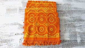 stillstunning blog com orange vintage embossed towels 1